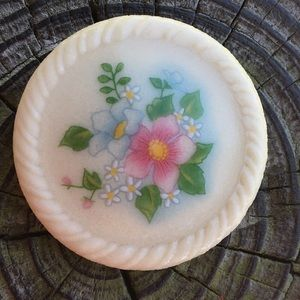 Vintage Avon Ceramic Brooch